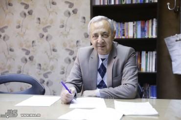 نصرالله حدادی : بحران کاغذ بدجوری یقه ناشران را گرفته است
