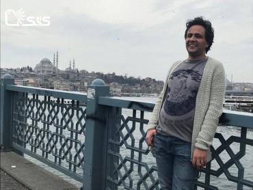نوید سید علی اکبر : نبود کپی رایت در ایران و سودجویی ناشران